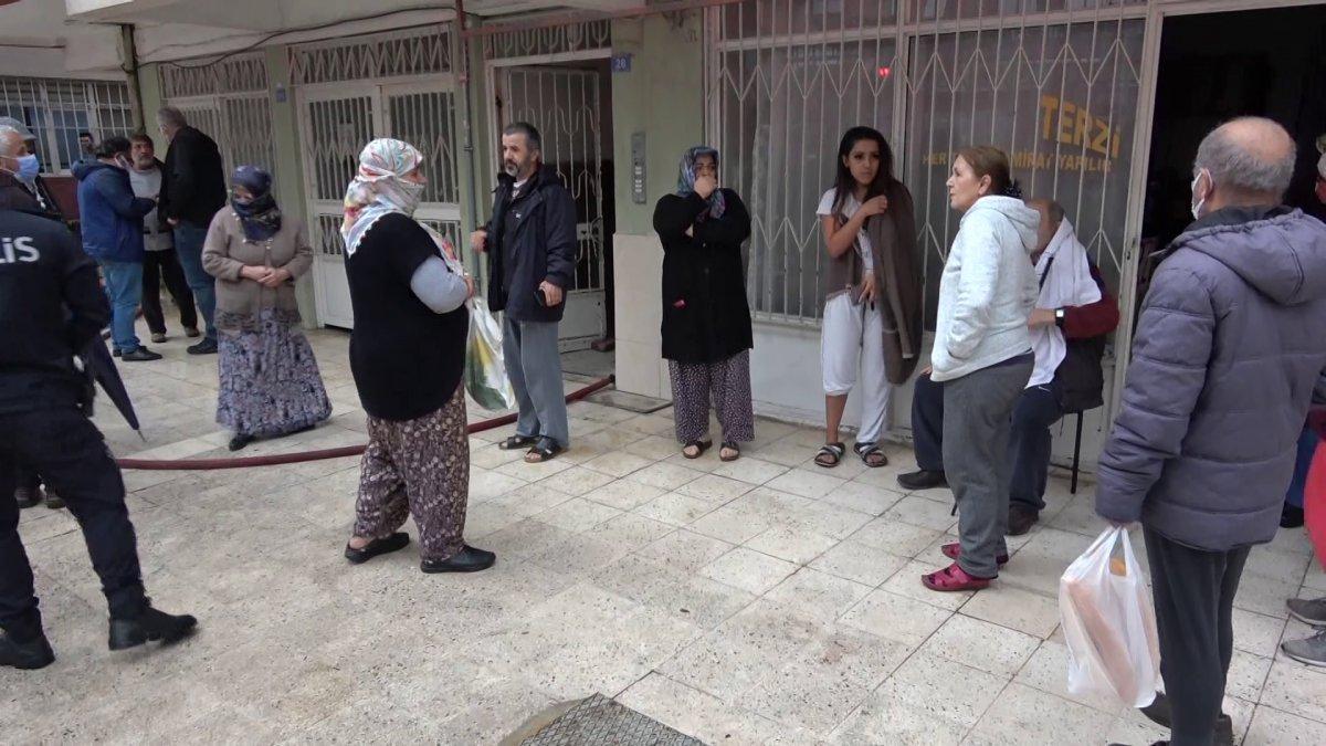 Antalya da madde bağımlısı şahıs evini ateşe verdi #6
