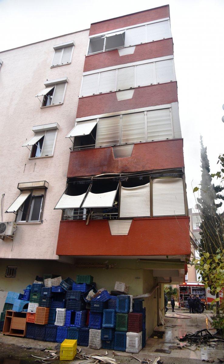 Antalya da madde bağımlısı şahıs evini ateşe verdi #8