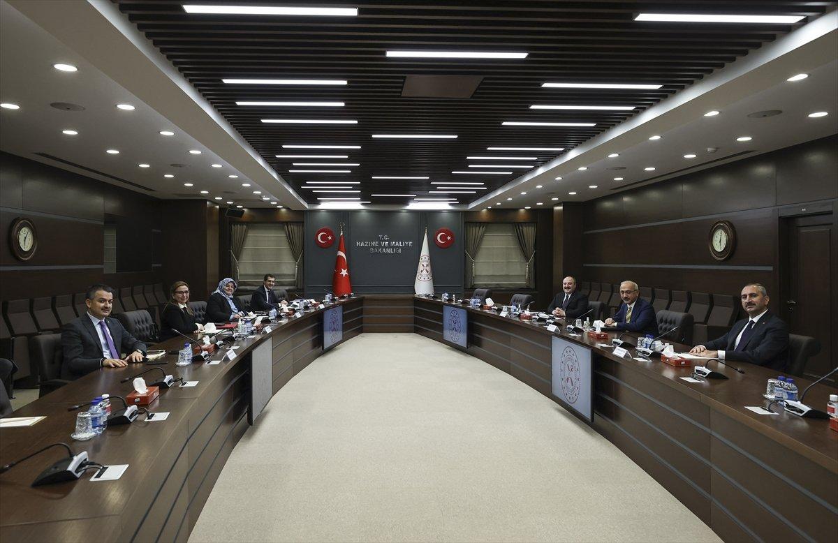 Bakan Elvan ın ev sahipliğinde 6 bakan  ekonomi ve reform  gündemiyle bir araya geldi #1