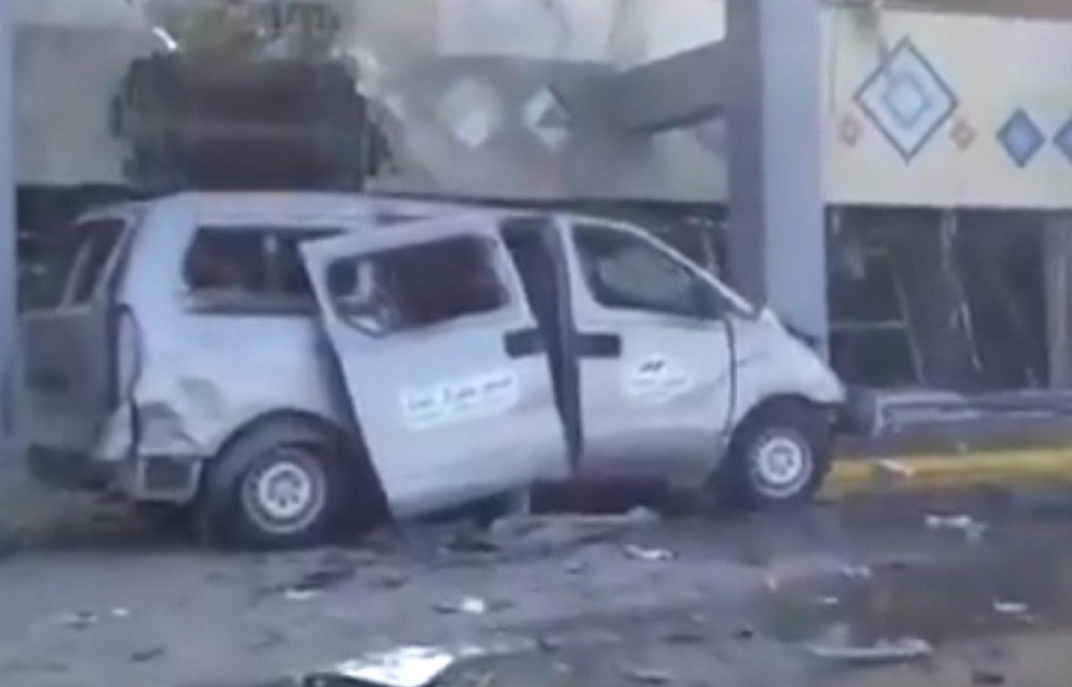 Yemen'deki Aden Havaalanı'nda büyük bir patlama meydana geldi #6