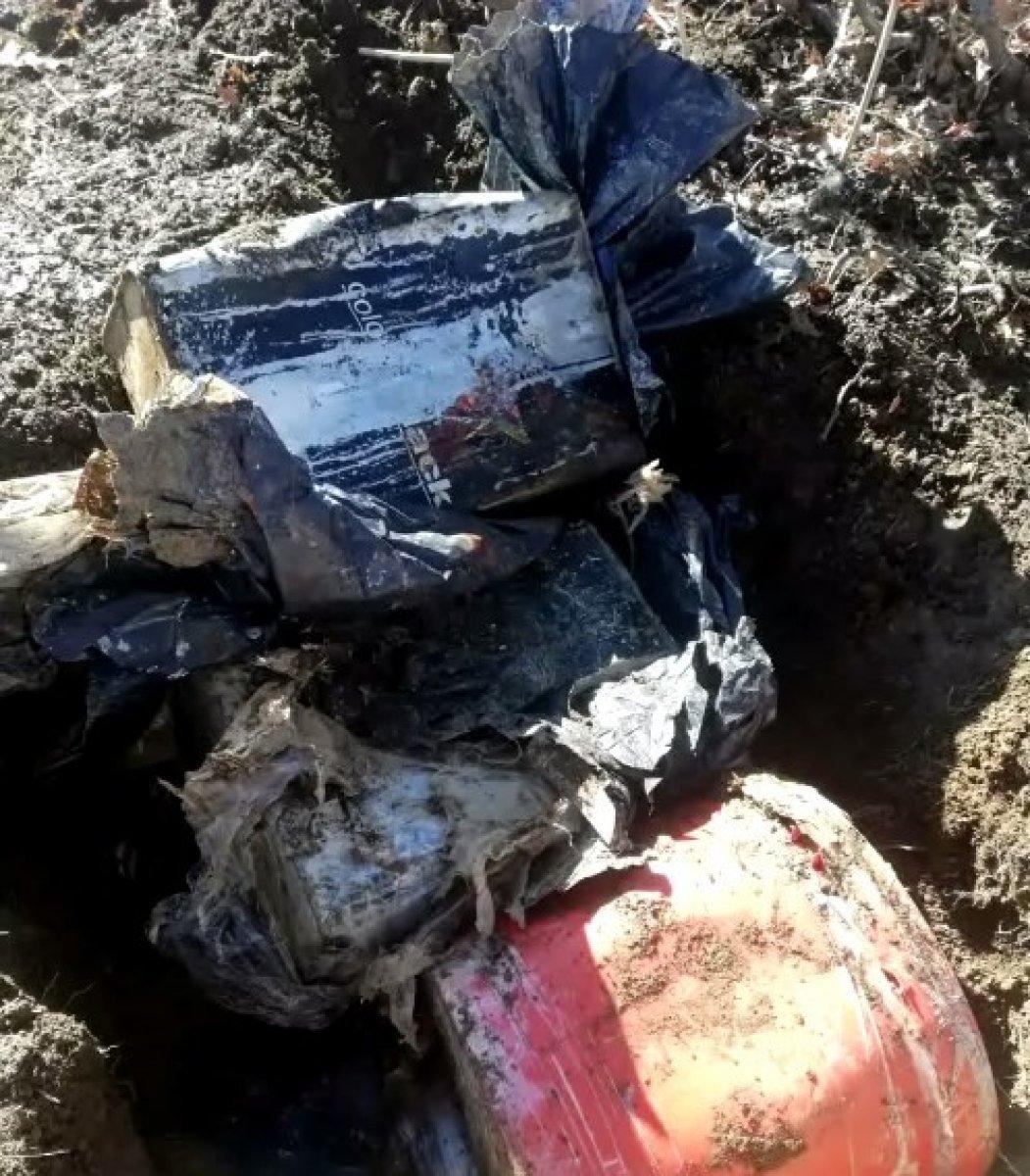 Bingöl de toprağa gömülü 60 kilogram patlayıcı bulundu #1