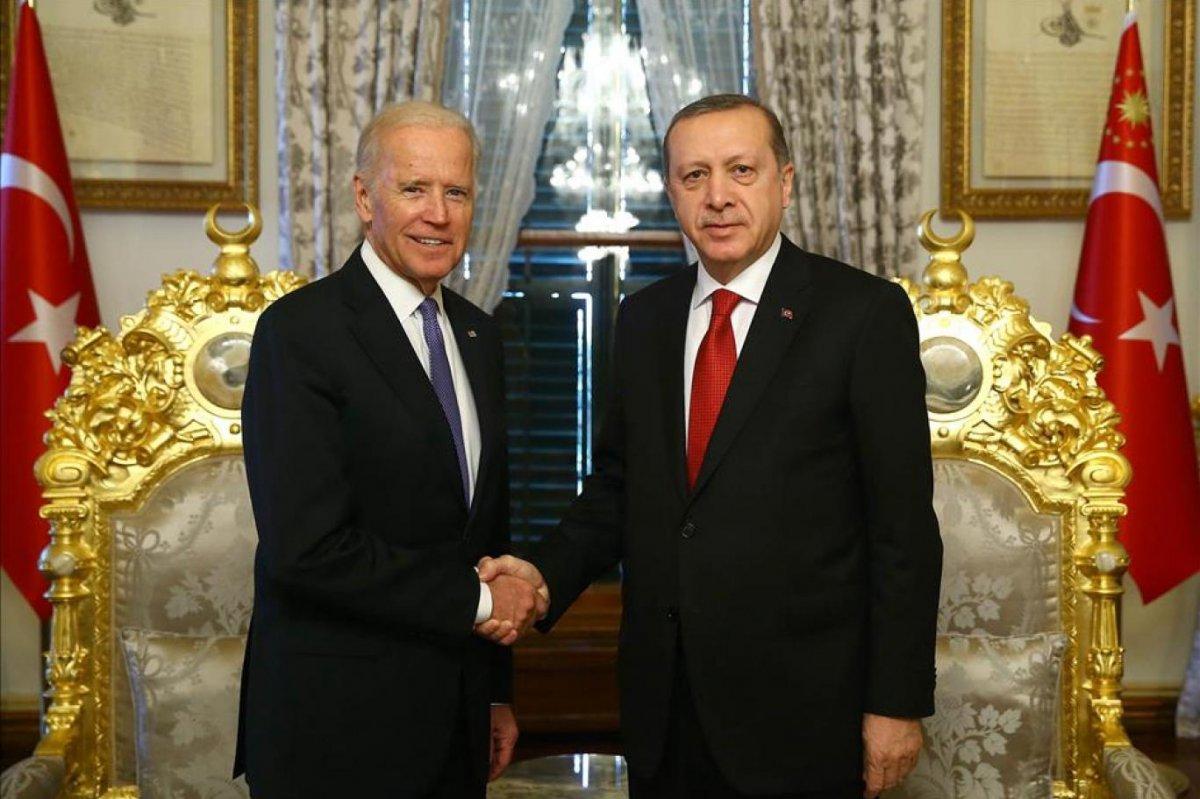 The Guardian, Cumhurbaşkanı Erdoğan ı 2021 in hikâyesini belirleyecek 12 lider listesine seçti #1