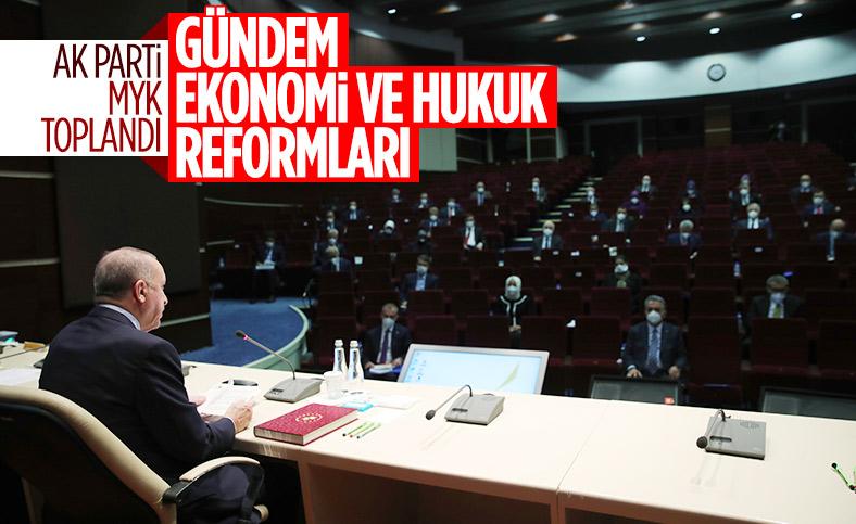 AK Parti 2021'in ilk MYK'sında reform gündemiyle toplandı