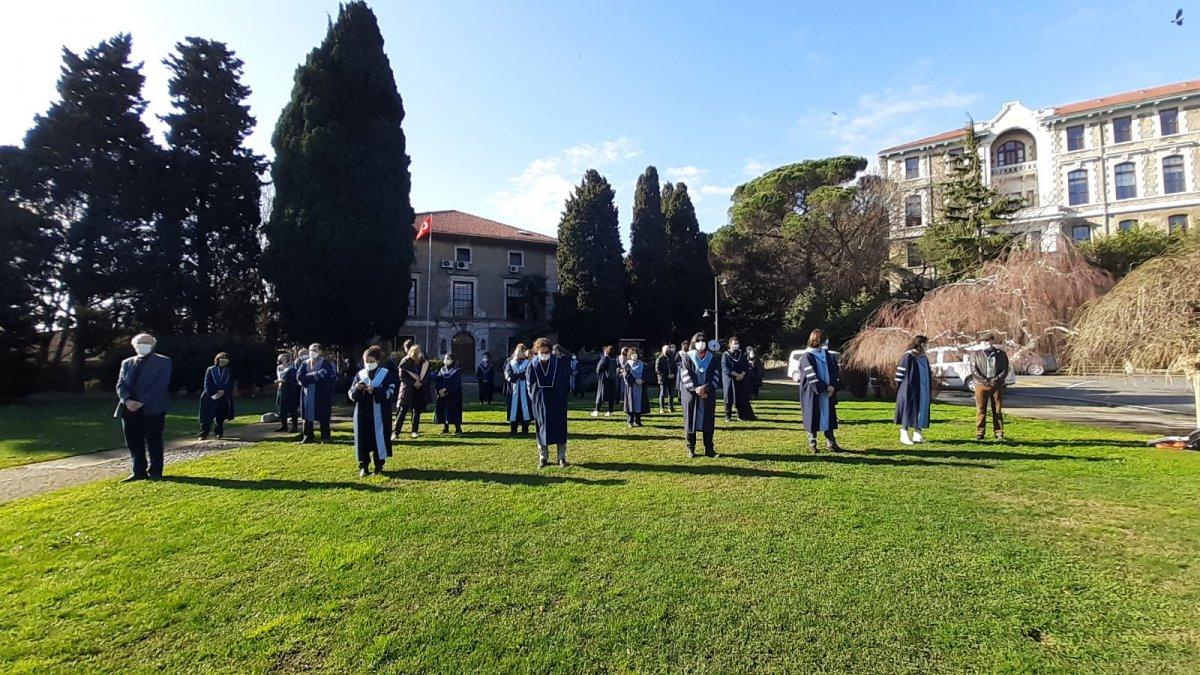 Boğaziçi Üniversitesi nde akademisyenler, devir-teslim törenini protesto etti #2