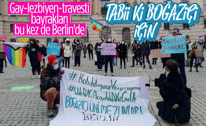 Almanya'da LGBT bayraklı Boğaziçi protestosu