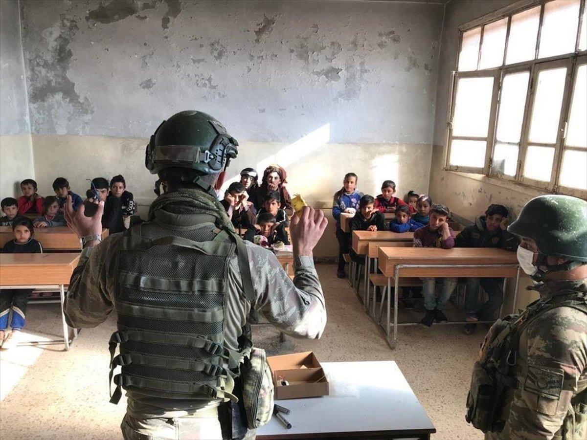 Suriyeli çocuklara mayın ve EYP eğitimi #4