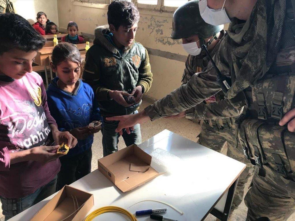 Suriyeli çocuklara mayın ve EYP eğitimi #3