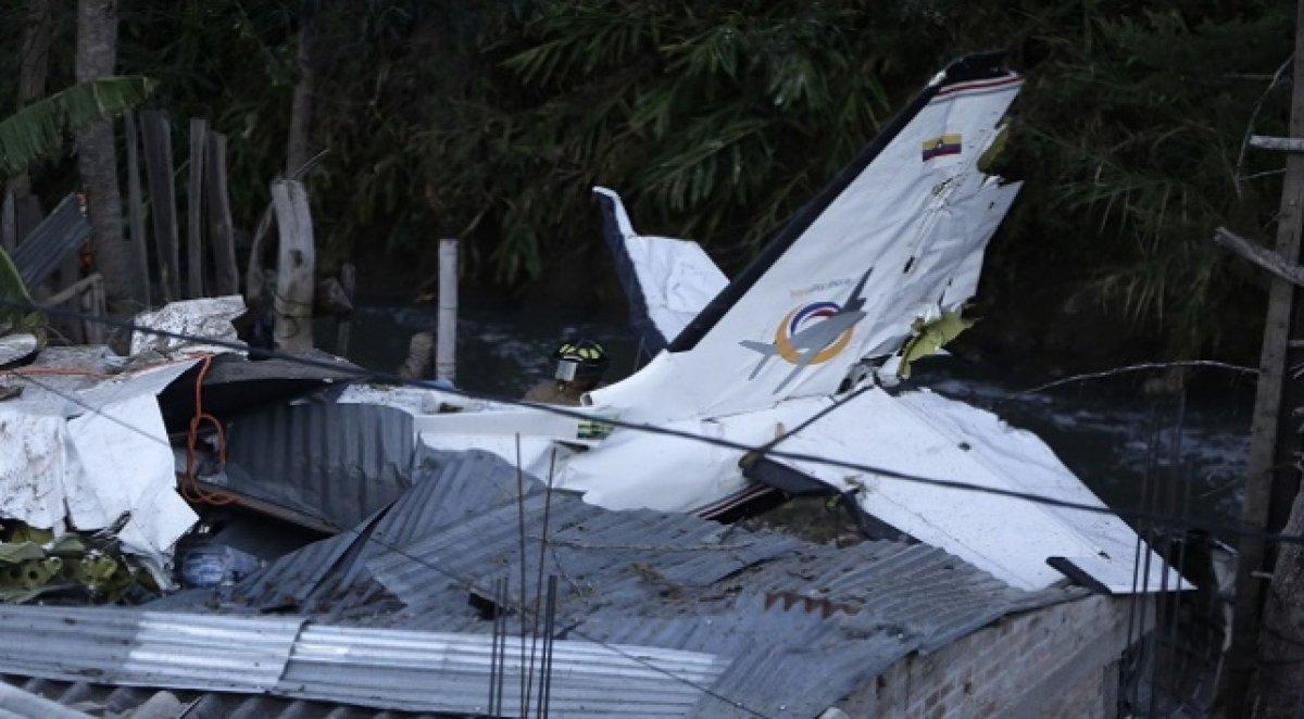 Yakın tarihin en trajik, ölümlü uçak kazaları #3