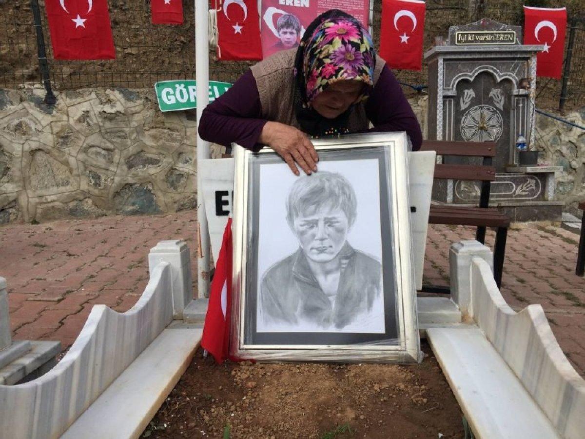 Eren Bülbül ün acılı annesinden Mehmetçiklere dua #2