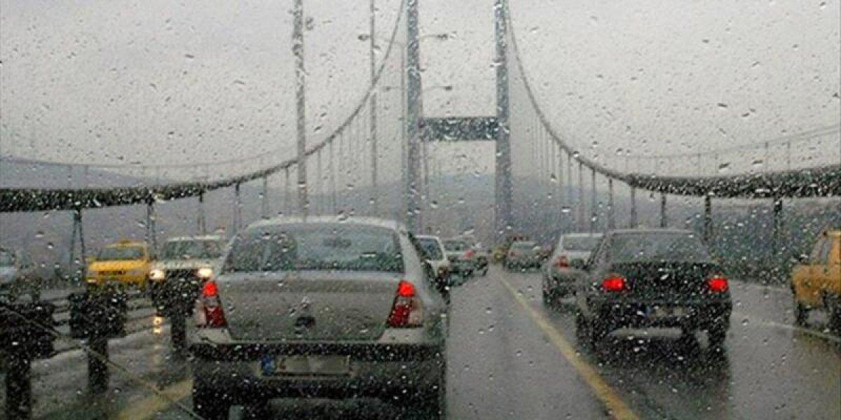 İstanbul da trafik yoğunluğu yüzde 75 e ulaştı #2
