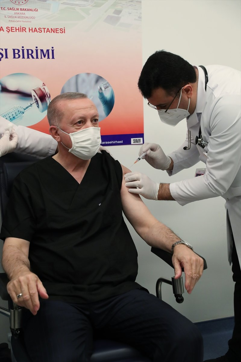 Erdoğan: Diğer siyasi parti liderlerinin de aşı yaptırmasını tavsiye ediyorum #2