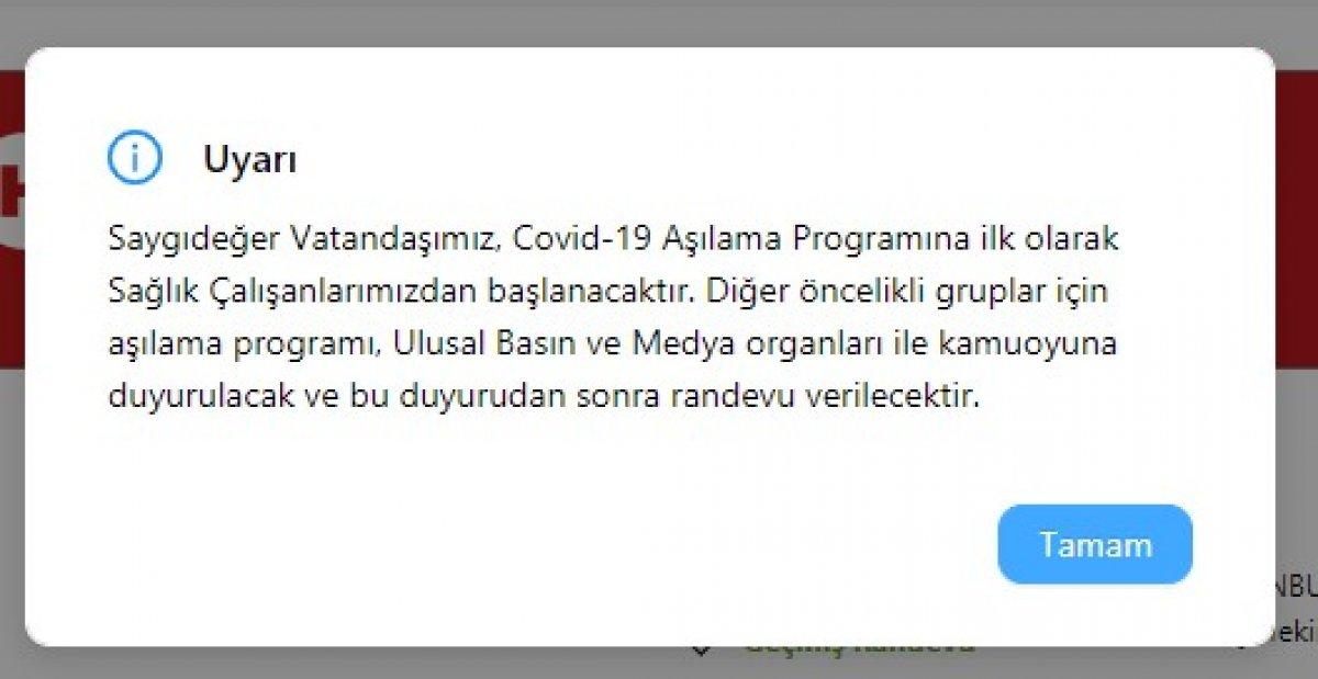 İstanbul da sağlık çalışanları korona aşısı olmaya başladı #2