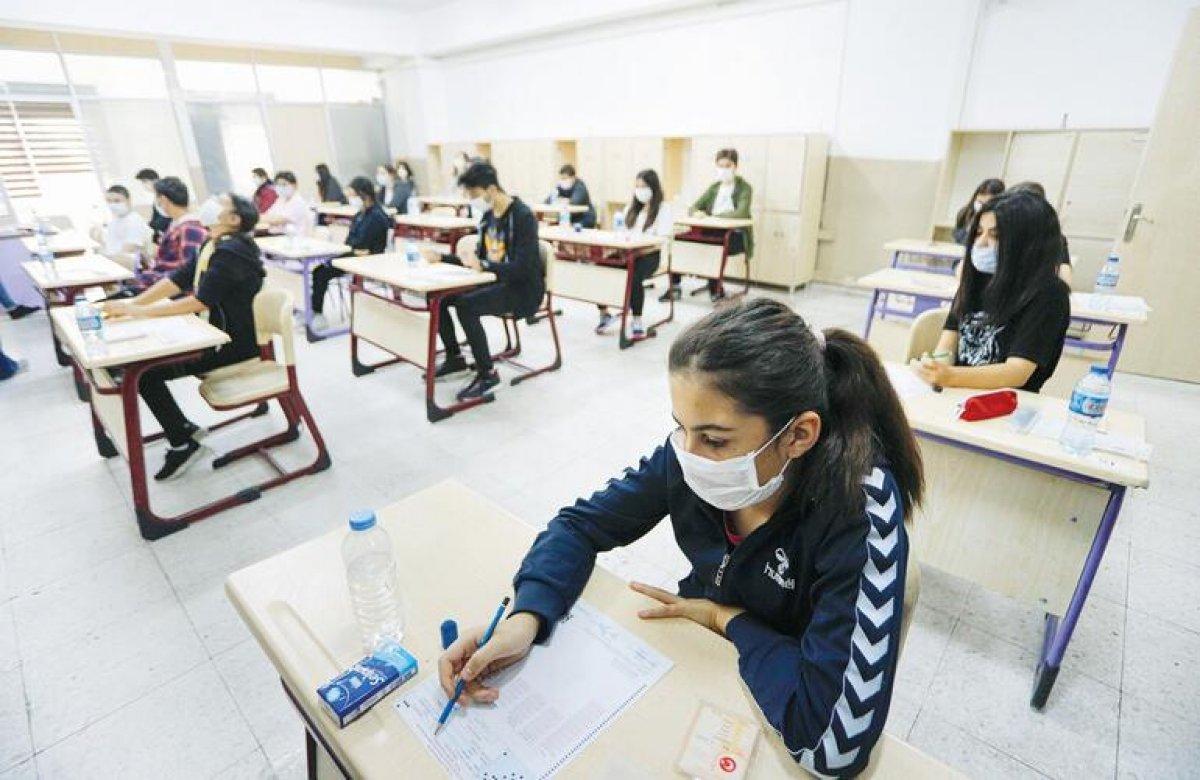 MEB: İlk ve ortaokullarda karne notları derse katılım puanıyla belirlenecek #3