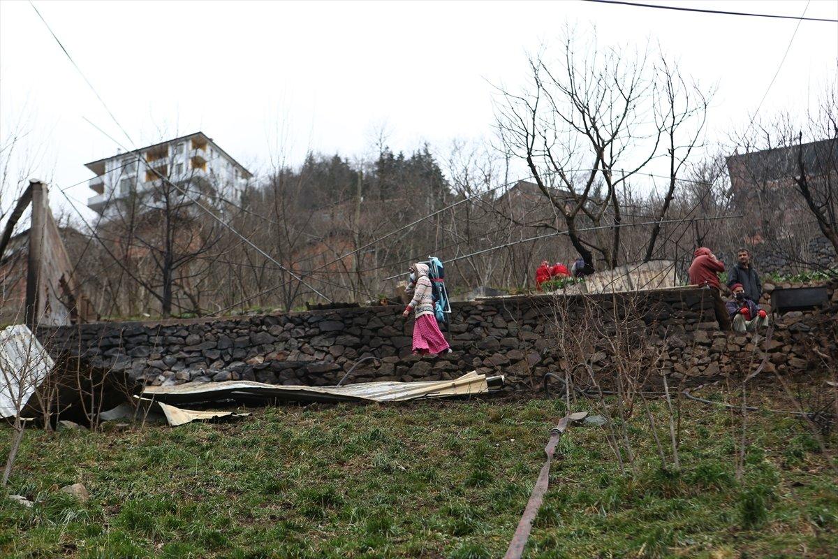 Trabzon da yangınla yok olan mahallede hasar tespiti yapılıyor #19