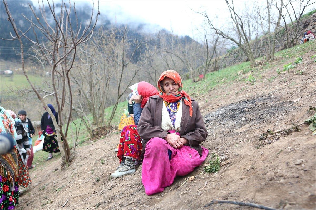 Trabzon da yangınla yok olan mahallede hasar tespiti yapılıyor #12