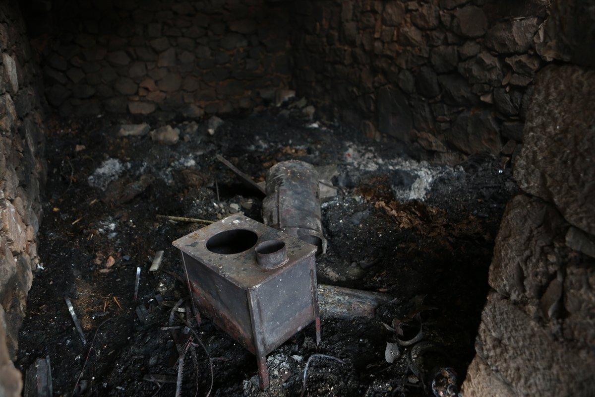 Trabzon da yangınla yok olan mahallede hasar tespiti yapılıyor #9