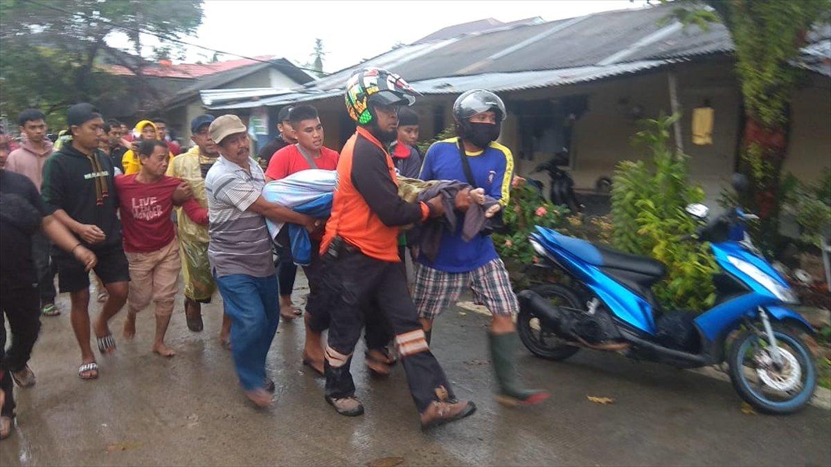 Endonezya da 6,2 büyüklüğünde deprem #4