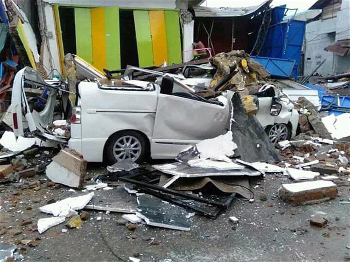 Endonezya da 6,2 büyüklüğünde deprem #14