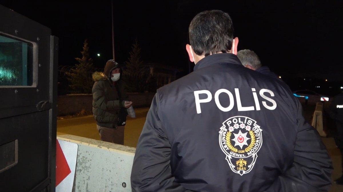 Kırıkkale de riskli grupta yer alan bir kişi seyahat ederken yakalandı #4