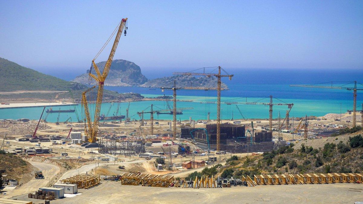 Mustafa Varank: Akkuyu, 2023'te elektrik üretmeye başlayacak #2
