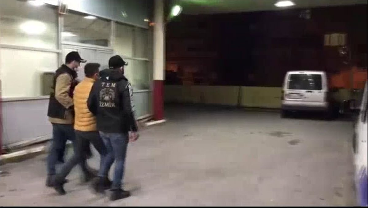 İzmir de FETÖ nün TSK yapılanmasına yönelik operasyon: 238 gözaltı kararı #1