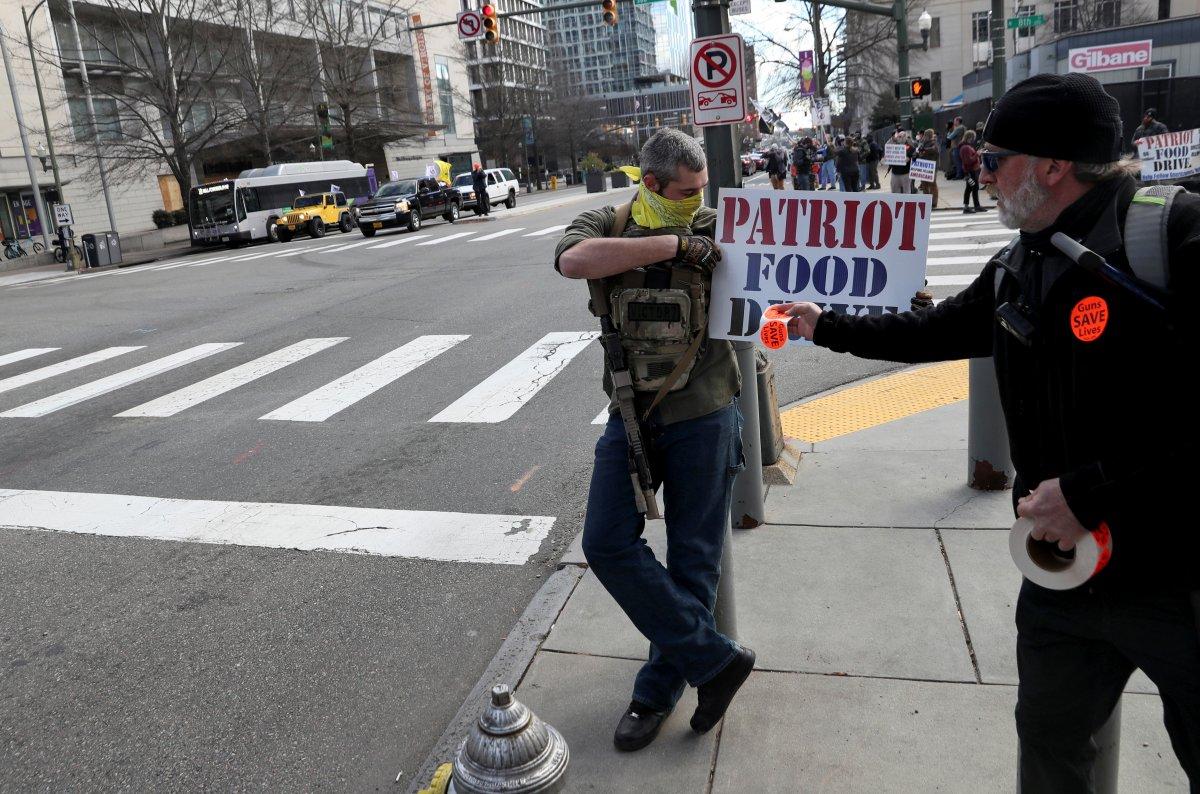 ABD'de silahlı gruplar, Lobi Günü için sokaklara indi #10