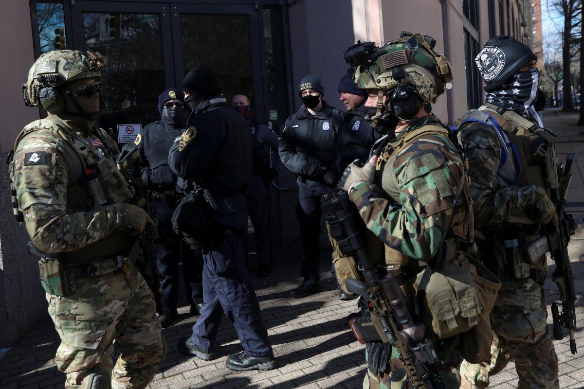 ABD'de silahlı gruplar, Lobi Günü için sokaklara indi #5