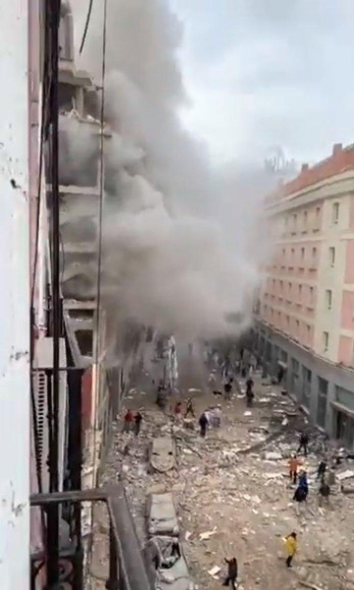 İspanya da şiddetli patlama #8