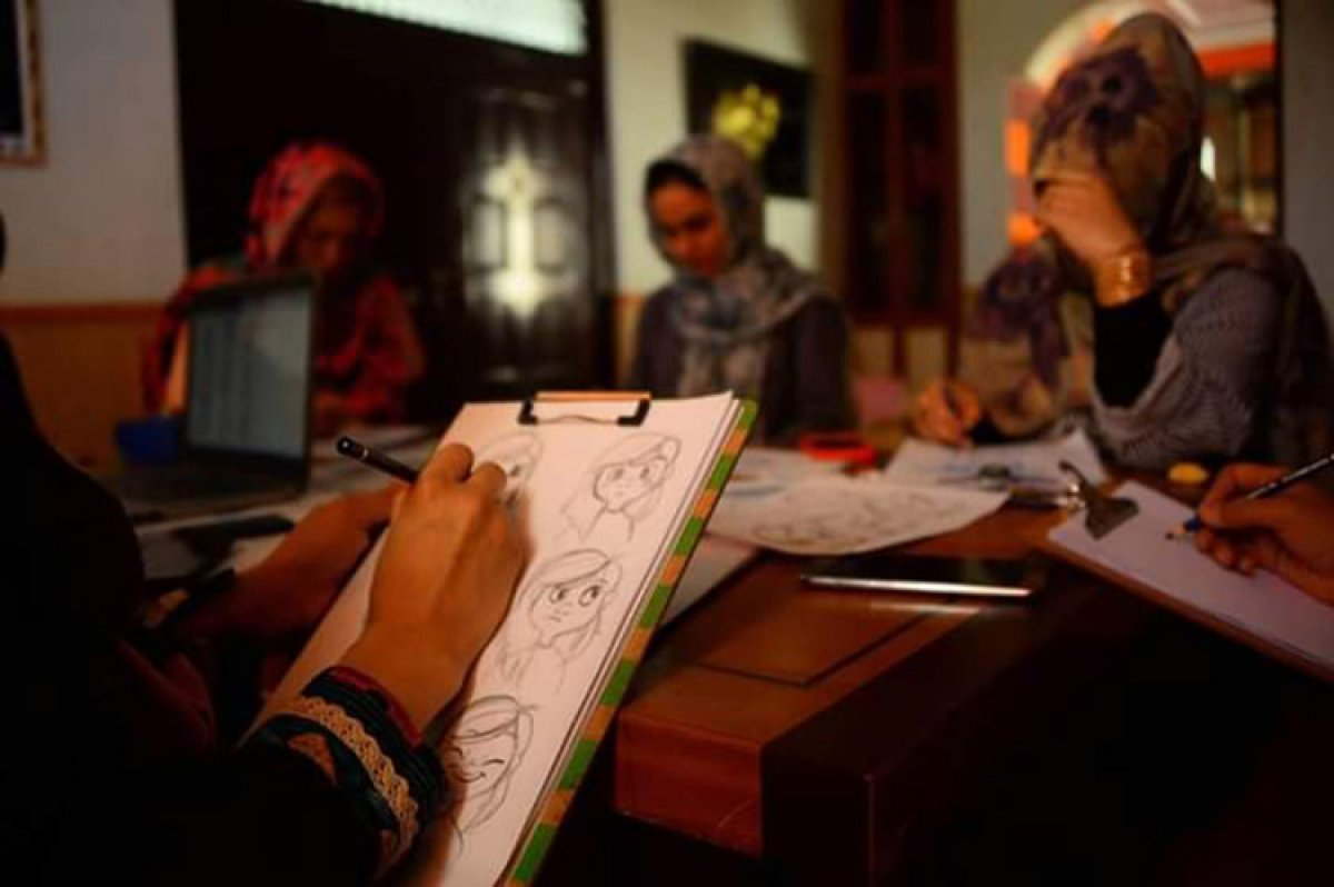 afgan kiz 6888