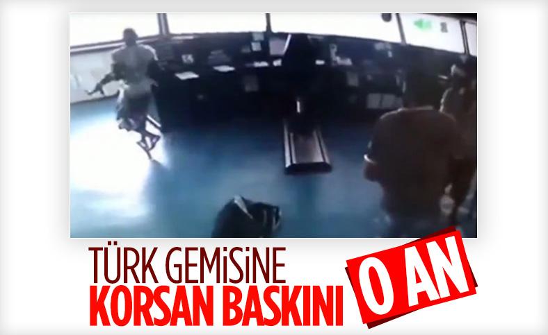 Türk konteyner gemisine baskın anı kamerada