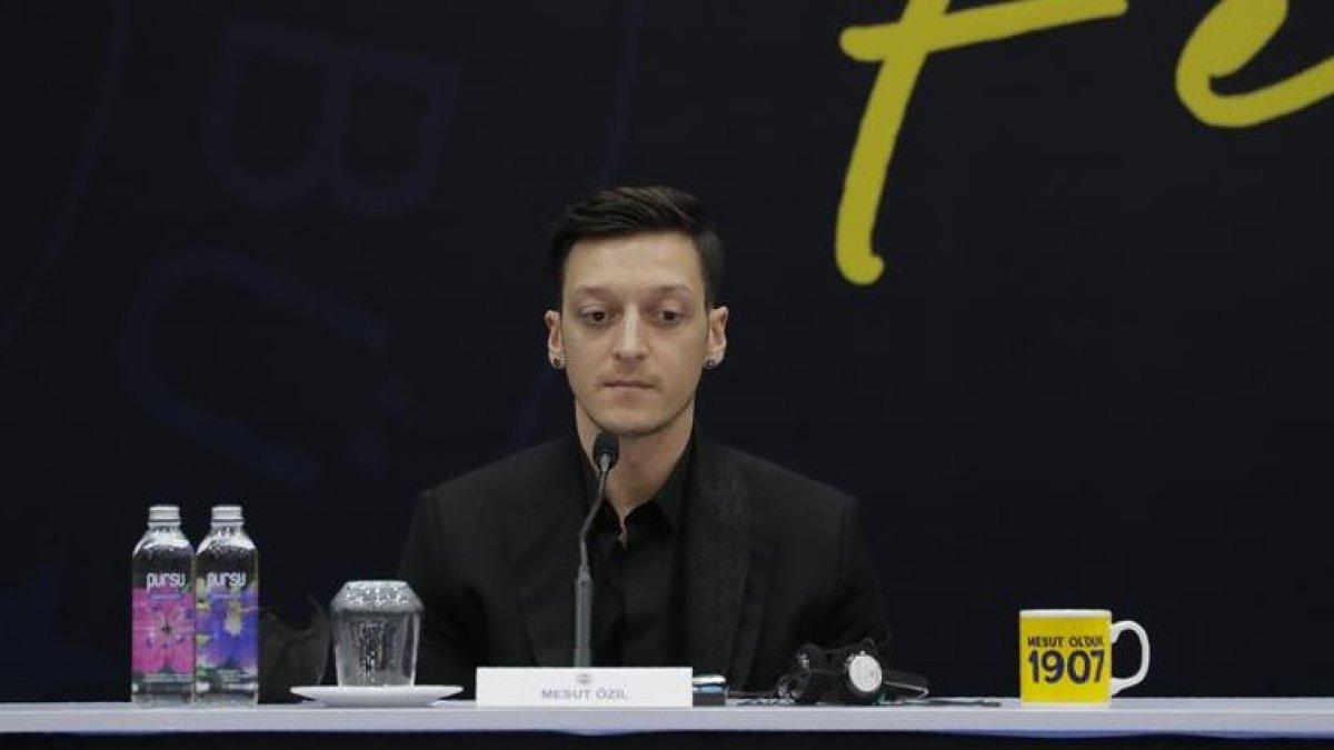 Mesut Özil den Burak Yılmaz a cevap #1