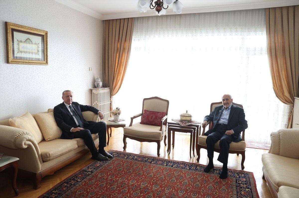 Saadet Partisi nde Temel Karamollaoğlu ile Oğuzhan Asiltürk ayrımı #1