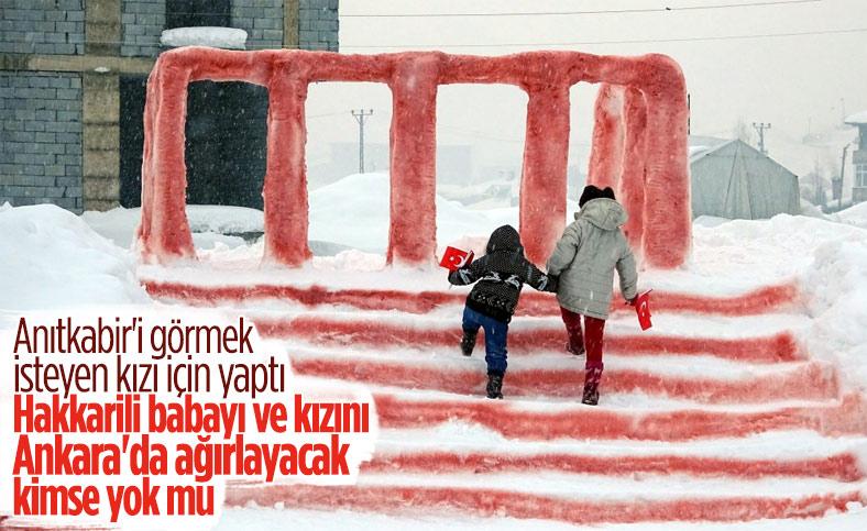 Yüksekova'da Atatürk'ü seven kızı için kardan Anıtkabir yaptı