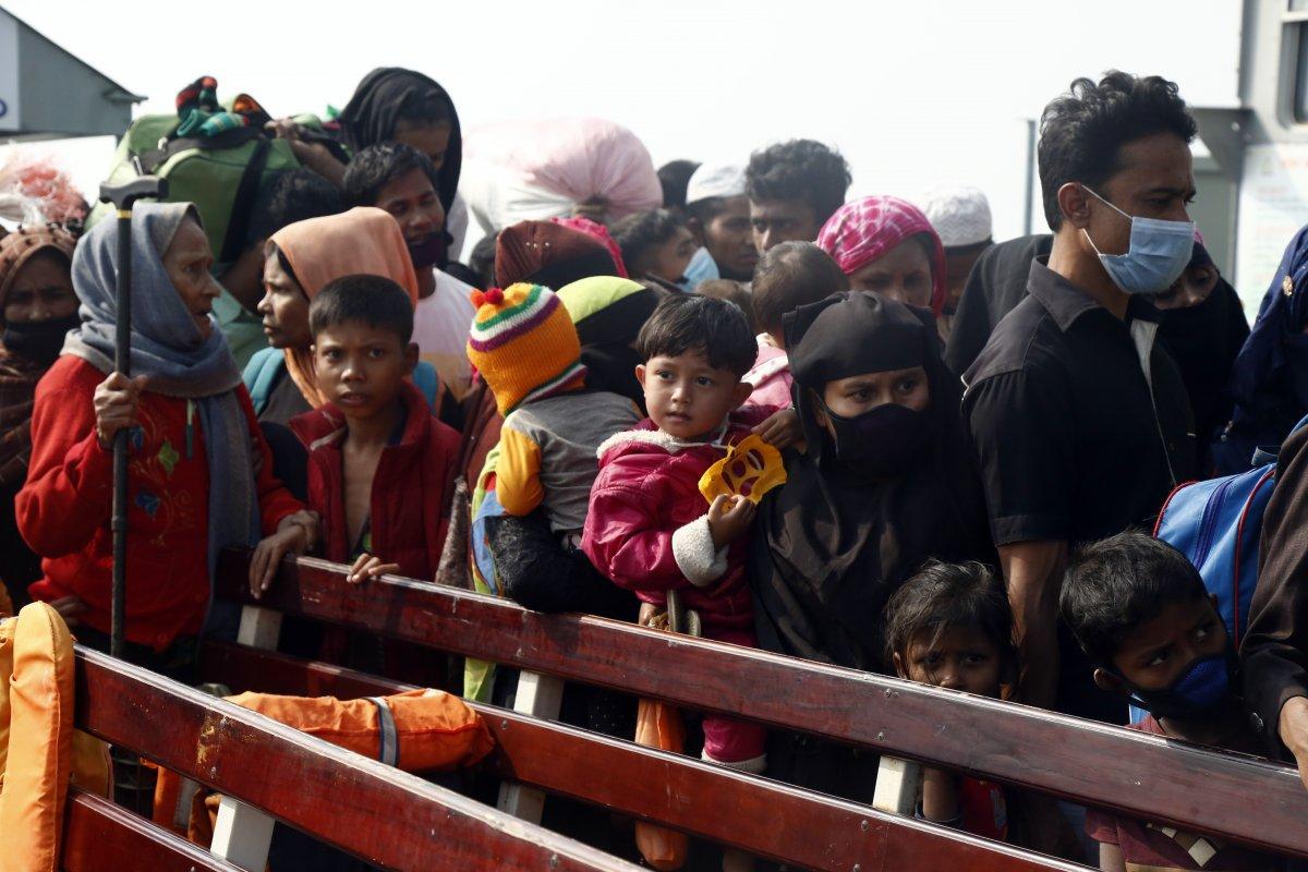 Bangladeş, tepkilere rağmen Arakanlı Müslümanları Bhasan Char Adası na gönderiyor #6