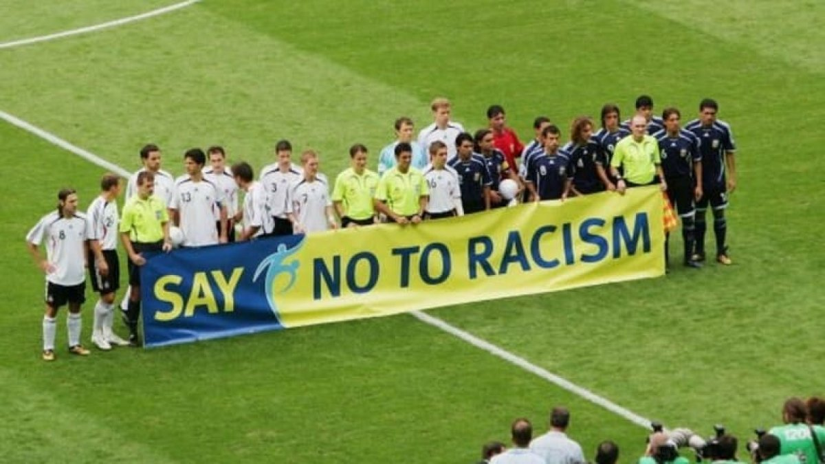 say no to racism 4433