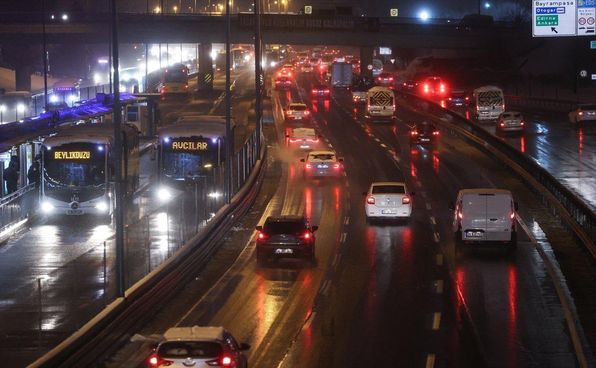 istanbul trafik 2705