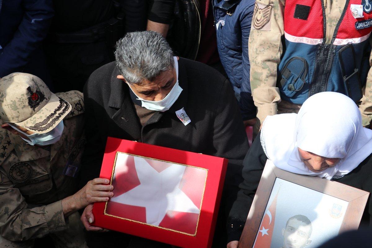 Türkiye yasta: Şehitlerimizi uğurluyoruz #3