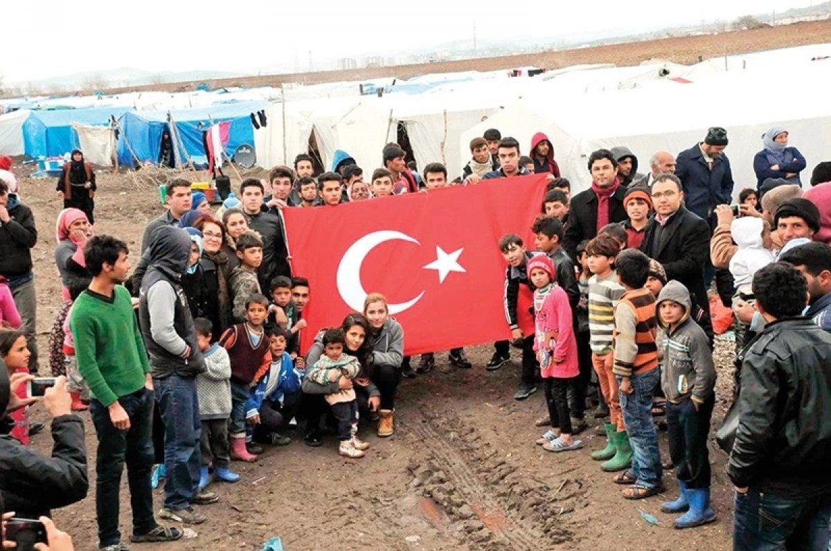 New York Times: Milyonlarca Suriyeliye yardım eden tek ülke Türkiye #1
