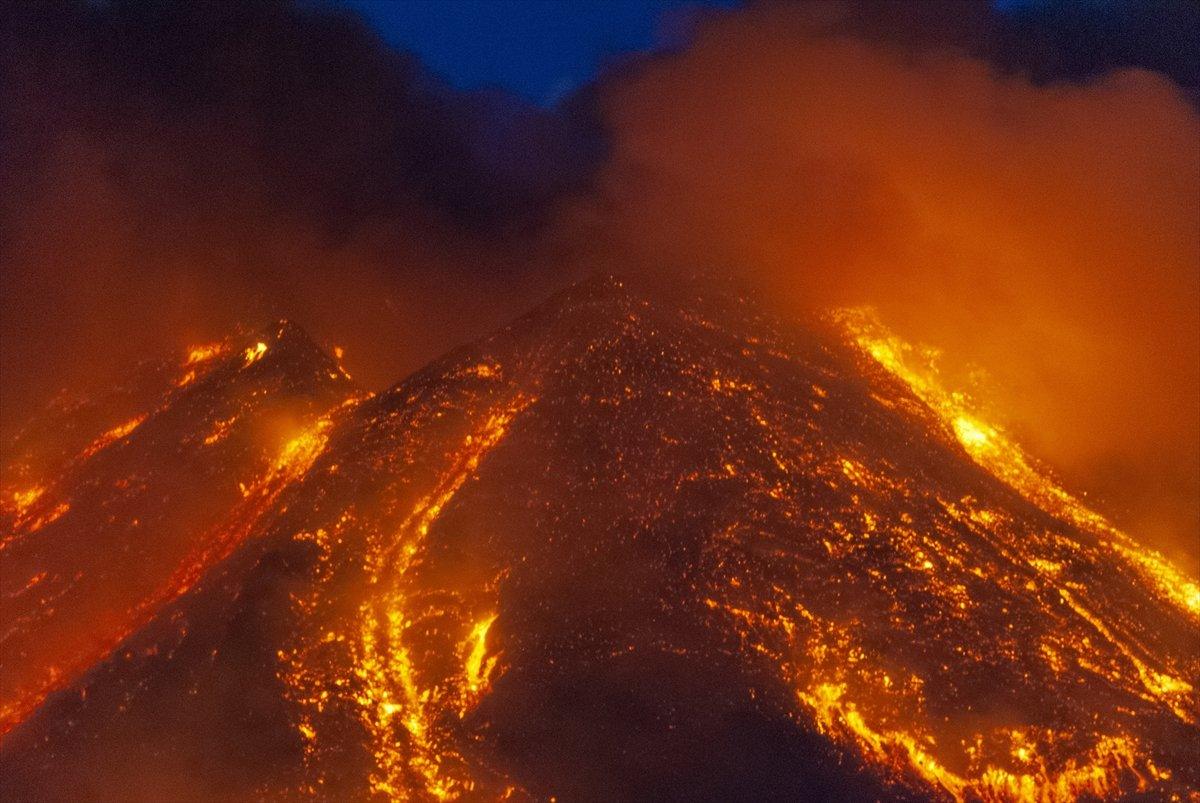 etna yanardagi 2875