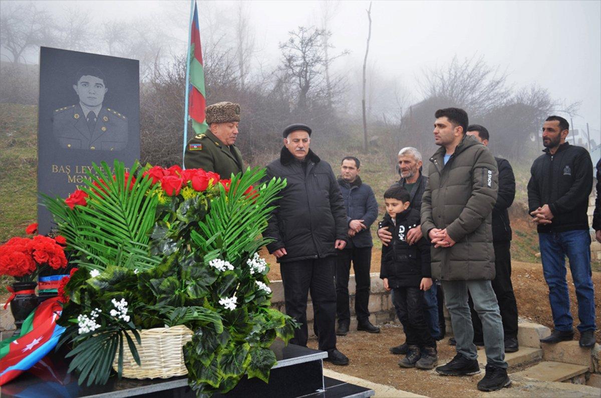 hulusi akar azerbaycanli sehit subayin ailesine mektup gonderdi 3026