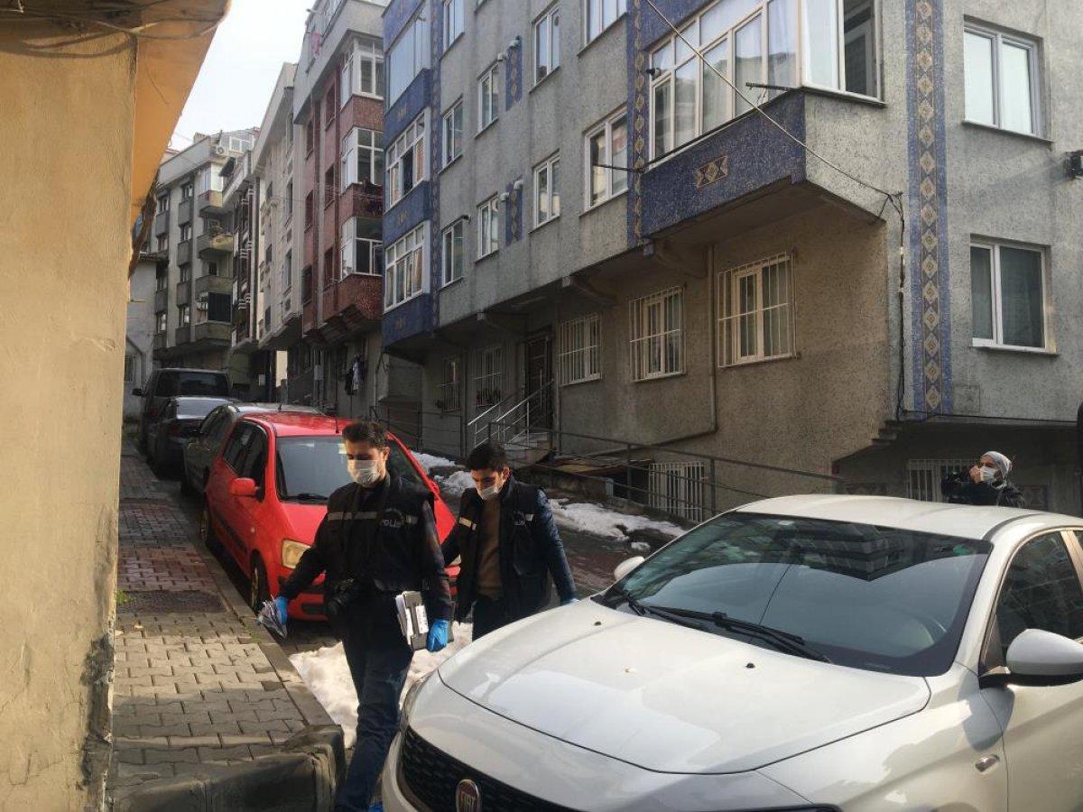 İstanbul'da bir baba, 2 oğlunu bacağından vurdu #3