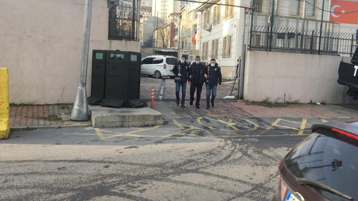 İstanbul'da bir baba, 2 oğlunu bacağından vurdu #1
