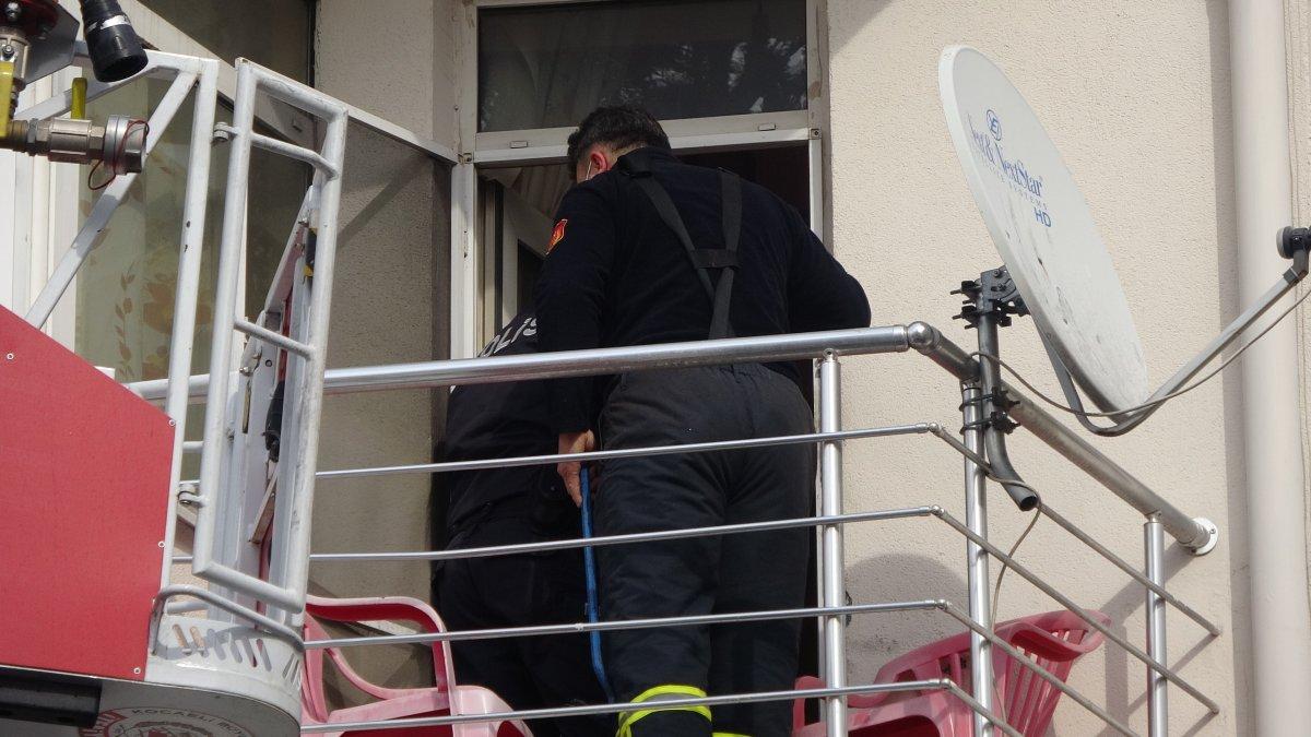 Kocaeli de 2 gündür haber alınamayan şahıs evinde uyurken bulundu #2