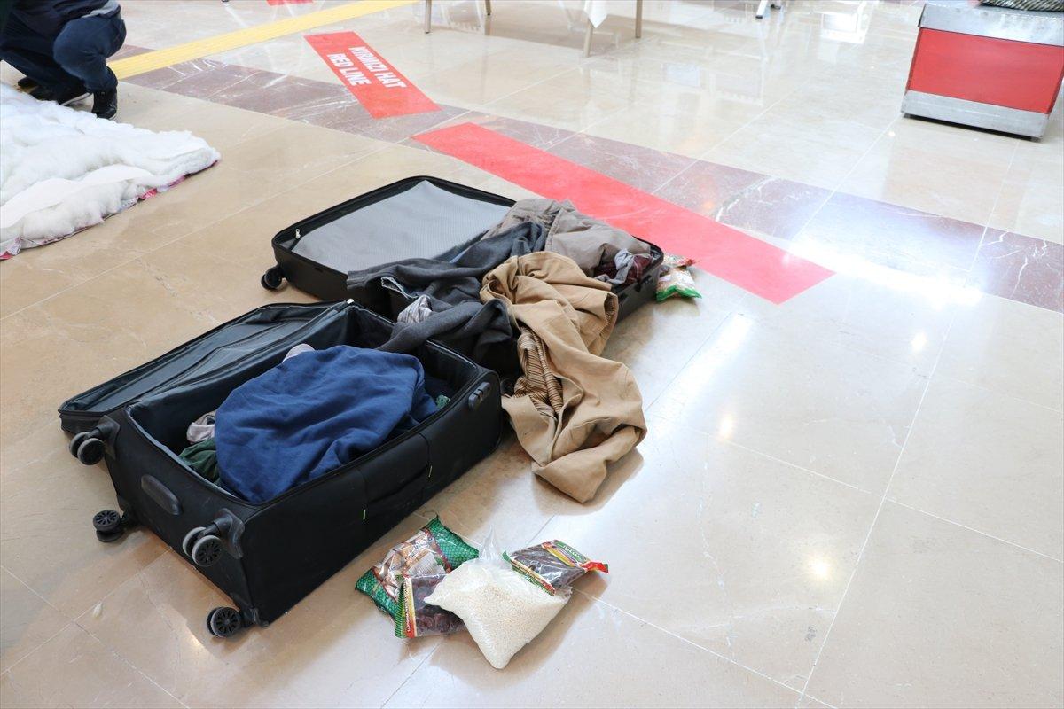 Denizli de İranlı yolcunun valizinden uyuşturucu çıktı #1