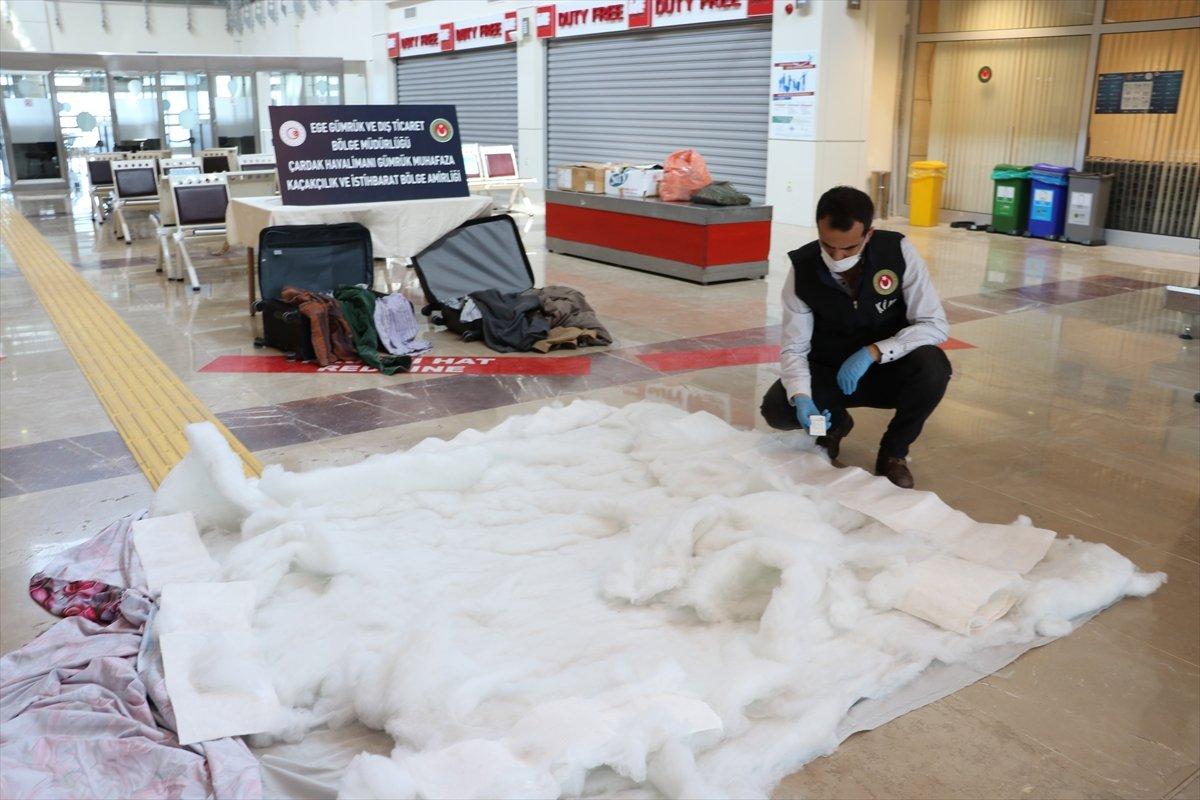 Denizli de İranlı yolcunun valizinden uyuşturucu çıktı #6