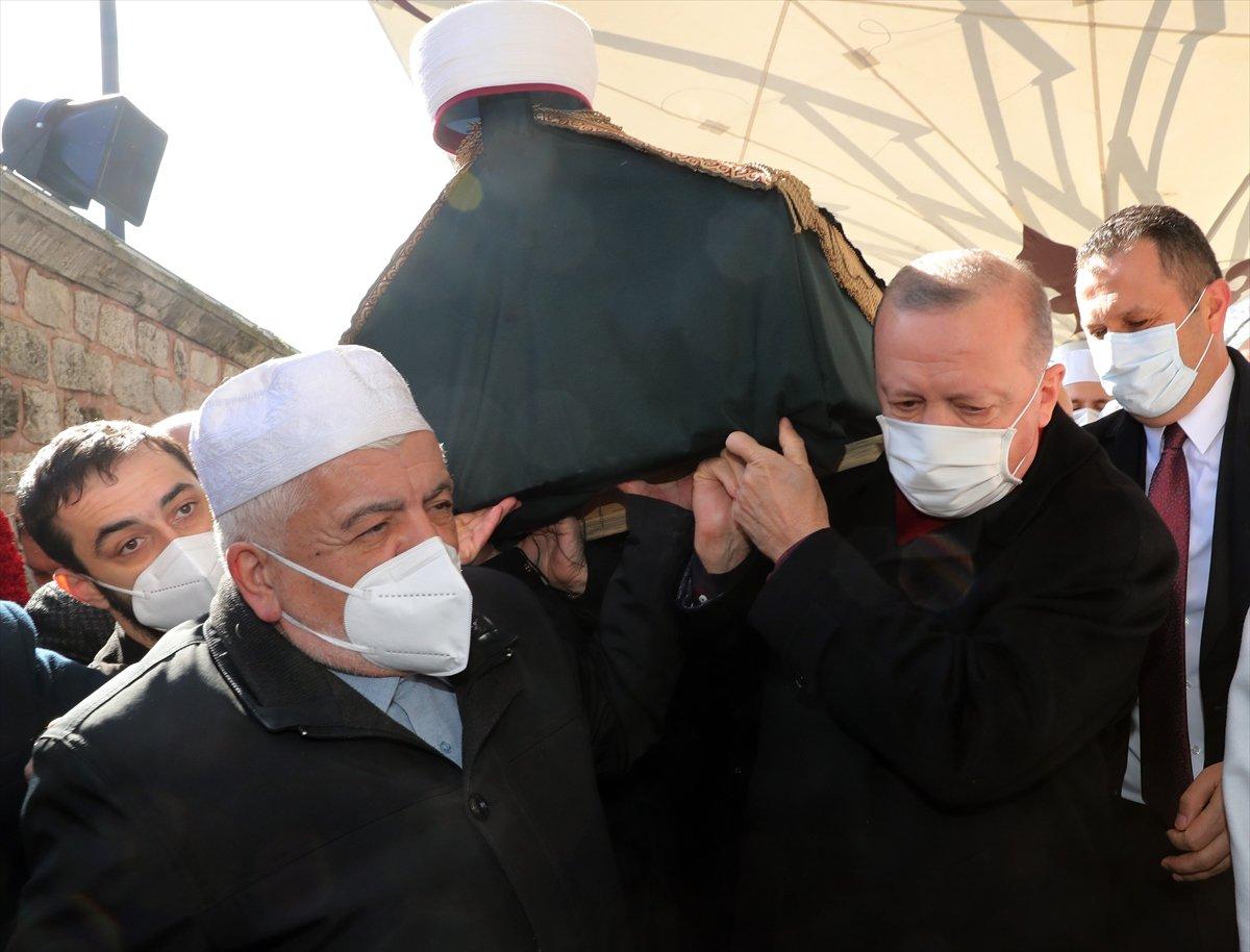 Cumhurbaşkanı Erdoğan, Emin Saraç ın cenaze törenine katıldı #6