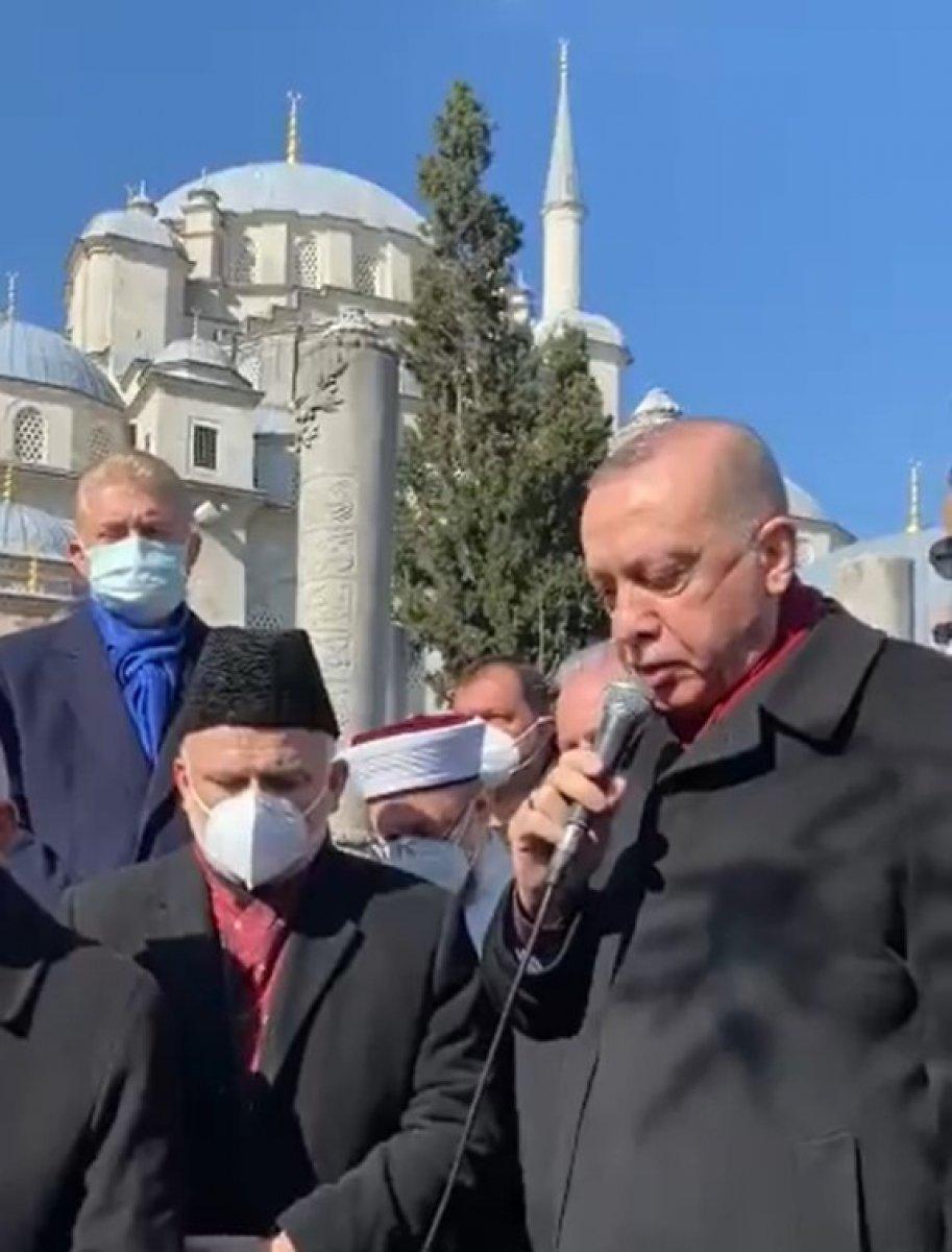 Cumhurbaşkanı Erdoğan, Emin Saraç ın cenazesinde Fatiha okudu #1