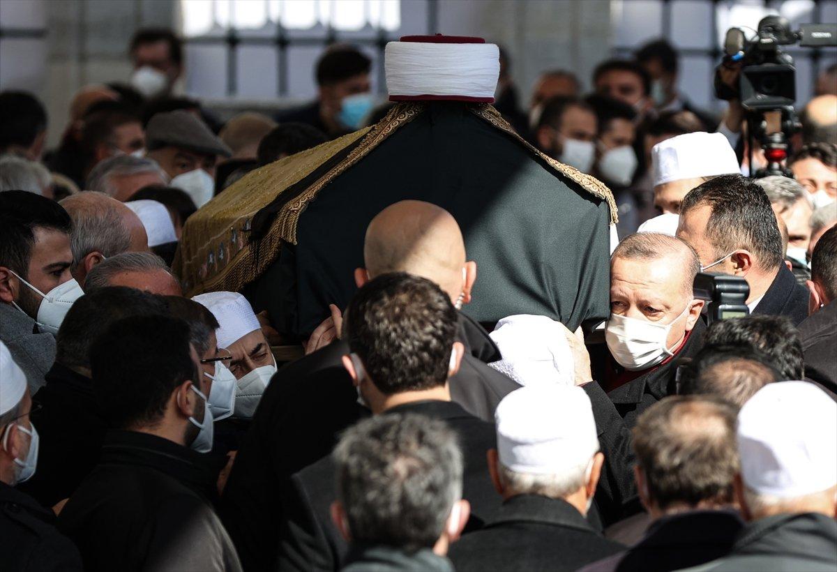 Cumhurbaşkanı Erdoğan, Emin Saraç ın cenaze törenine katıldı #7