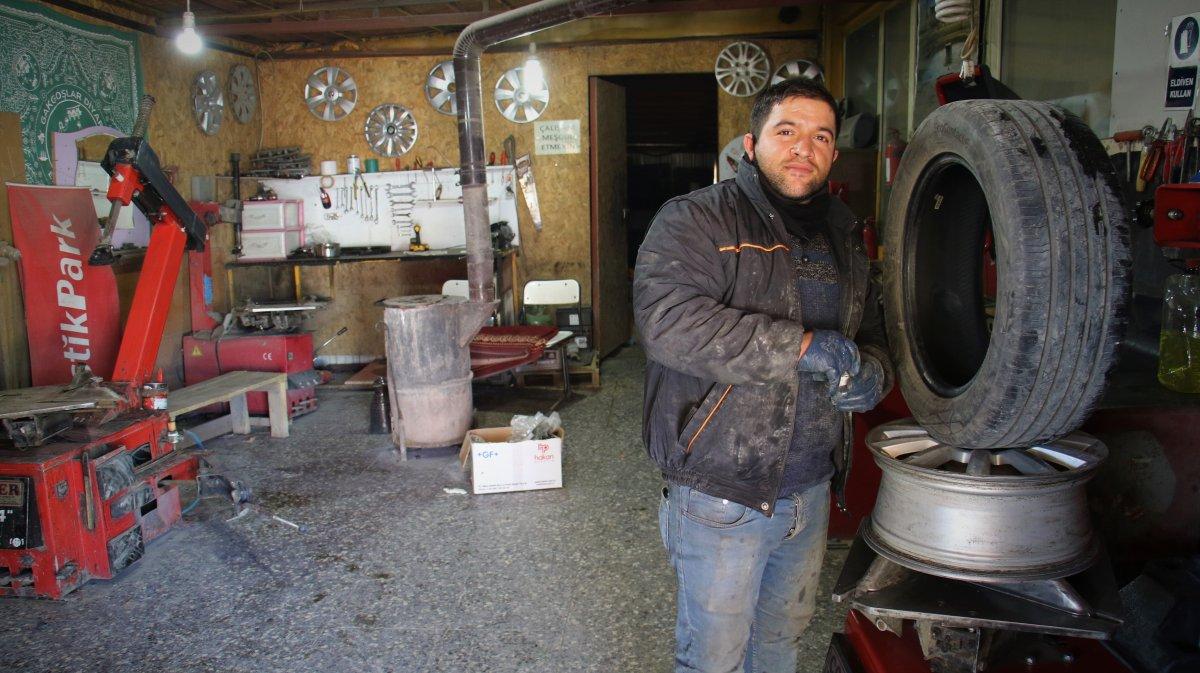 Elazığ da zihinsel engelli Erhan, işinde usta oldu #5