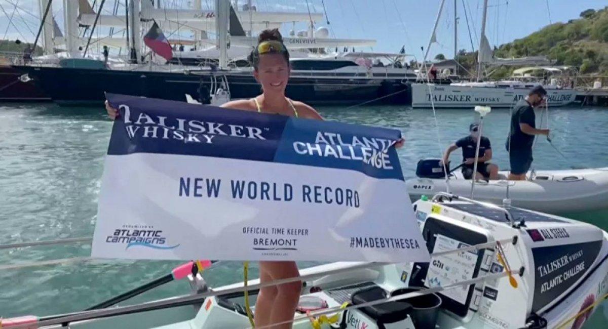 İngiliz Jasmine Harrison, Atlantik Okyanusu nu kürekle geçti #1